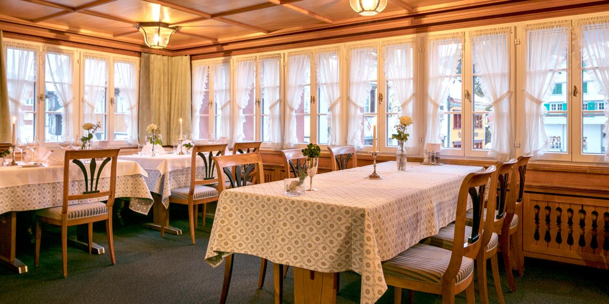 028__Restaurant